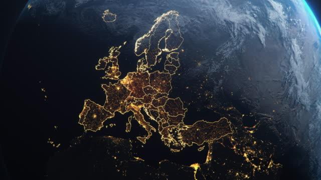 우주 유럽 유럽 국가에서 행성 지구 강조 - map 스톡 비디오 및 b-롤 화면