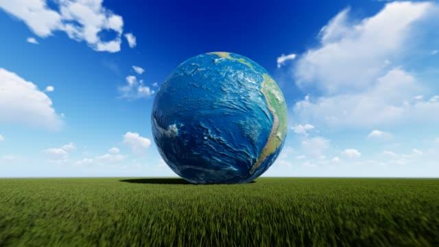 planeten jorden med molnigt himmel - ekvatorn latitud bildbanksvideor och videomaterial från bakom kulisserna