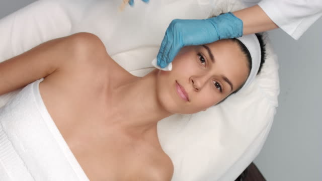 Platelet rich plasma face injections procedure video