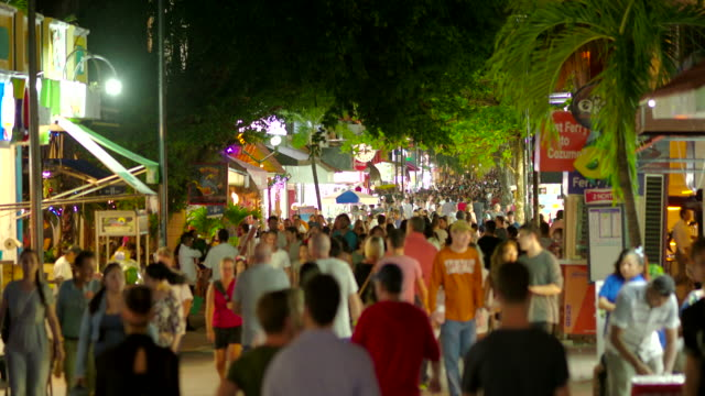 Playa del Carmen Pedestrian Street (5th Avenue) Full of Tourists at Night, Mexico video