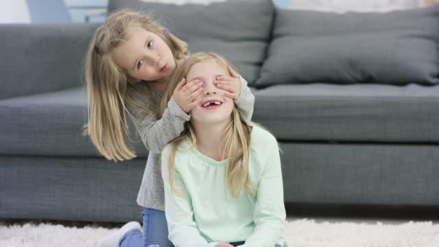Frères et sœurs joyeux - Vidéo