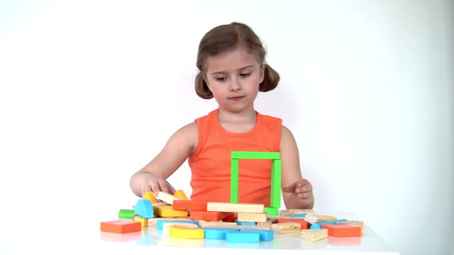 Playing with blocks video