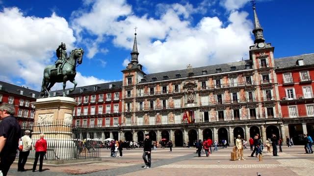 plaza mayor madrid - 廣場 個影片檔及 b 捲影像