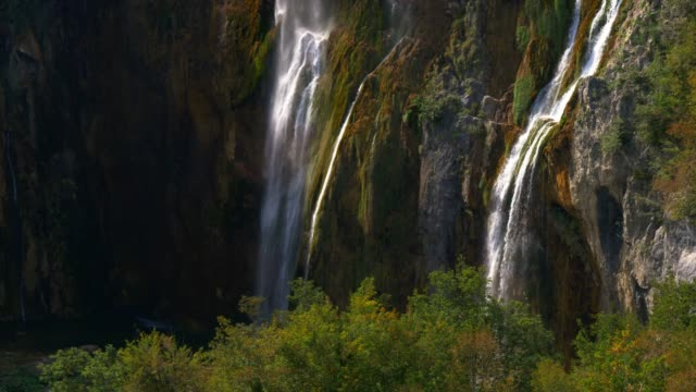 Plitvice lakes biggest waterfall in Croacia