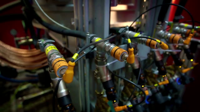 Pneumatic Machine With Multiple Valves video