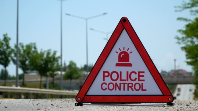 Police Control - Traffic Sign