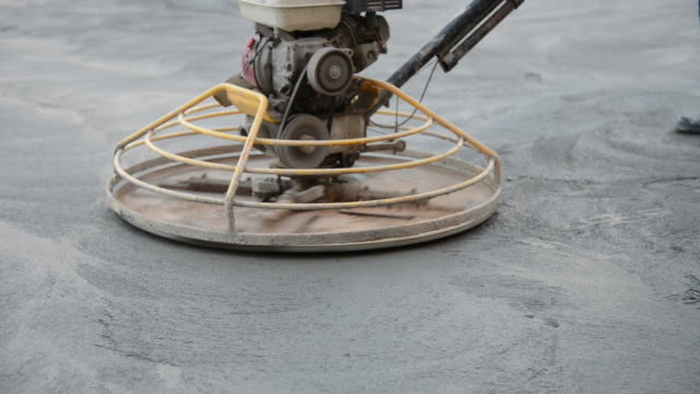 Polishing machine mortar for construction works video