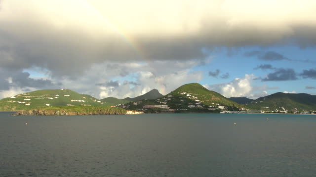 port arrival - sint maarten, netherlands antilles - philipsburg saint martin olandese video stock e b–roll