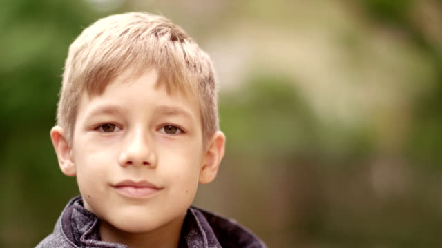 portrait of 9 years old boy - 8 9 anni video stock e b–roll