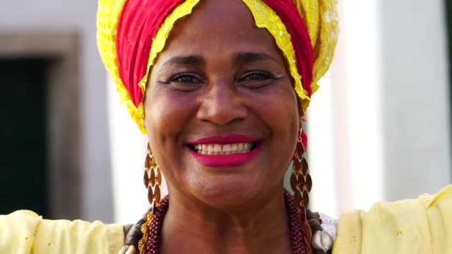 Portrait of Brazilian woman of African descent - Baiana video