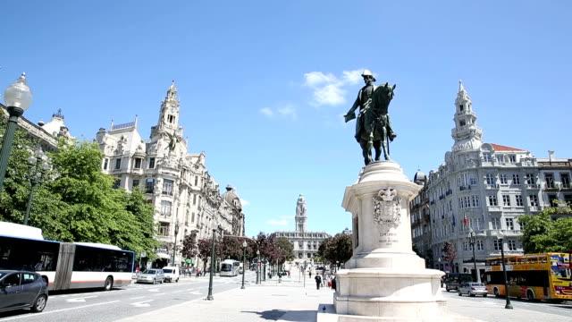 VDO :Portugal. Porto - the main square