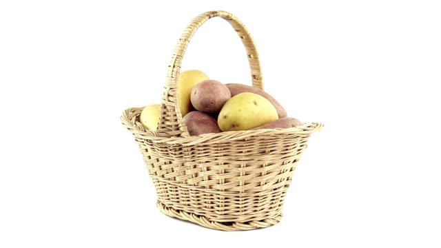 Potatoes in the shopping basket video