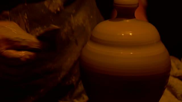 Potter Decoration - video