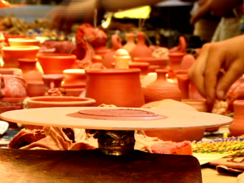 pottery wheel - {{searchview.contributor.websiteurl}} stock videos & royalty-free footage