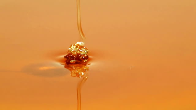 Pouring Honey video