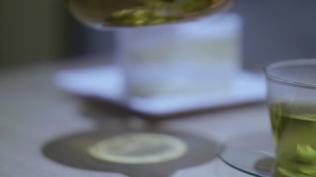 pouring tea from teapot video