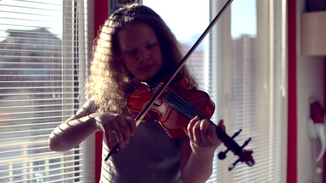 Best Violin Stock Videos and Royalty-Free Footage - iStock