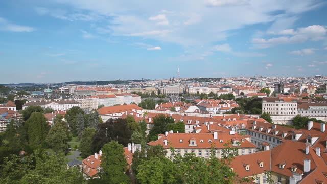 プラハの街並み, チェコ - チェコ共和国点の映像素材/bロール