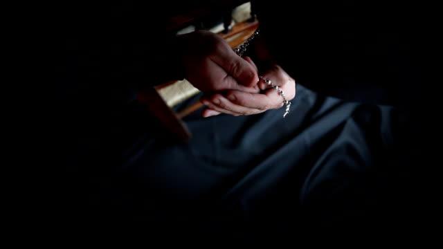 Praying video