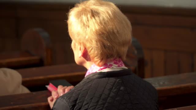 Praying women video
