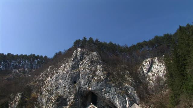 hd :プレット洞窟城、スロベニア - スロベニア点の映像素材/bロール