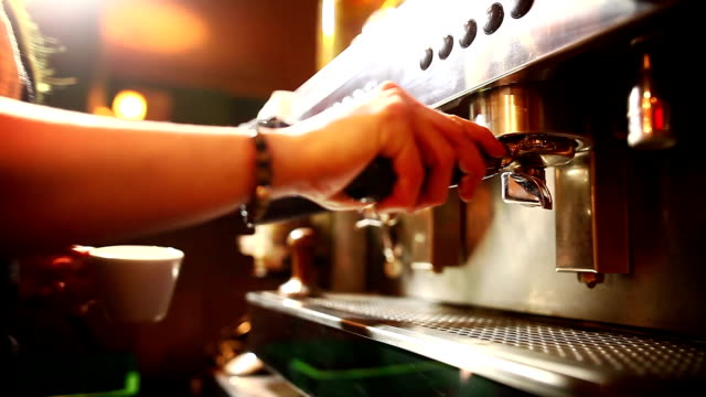 Preparing an espresso coffee - video
