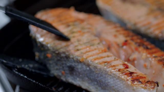 Preparing salmon video