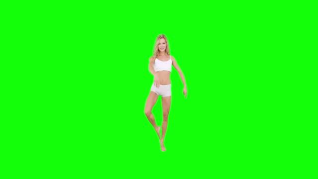 Hübsche blonde macht Ballett Tanz – Video