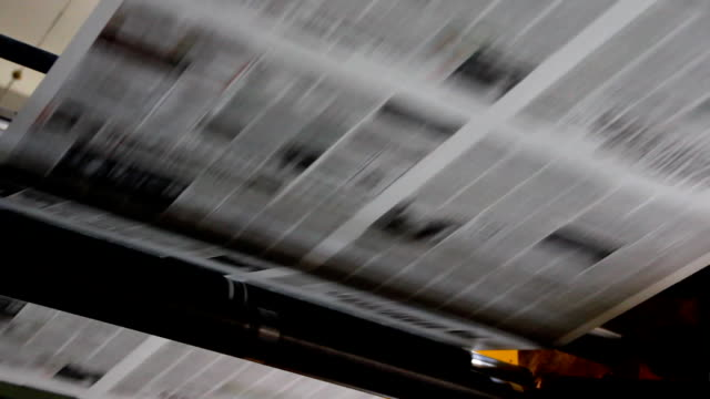 stampa di giornali - newspaper paper video stock e b–roll