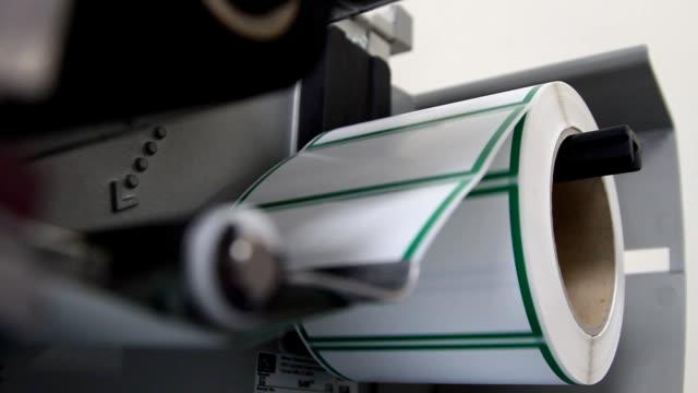 drucktechnik - etikett stock-videos und b-roll-filmmaterial