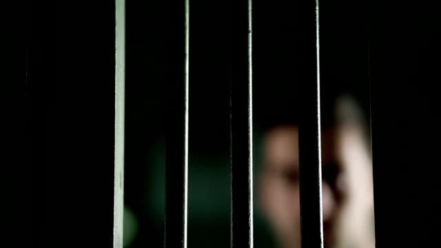 prisoner - fånga bildbanksvideor och videomaterial från bakom kulisserna