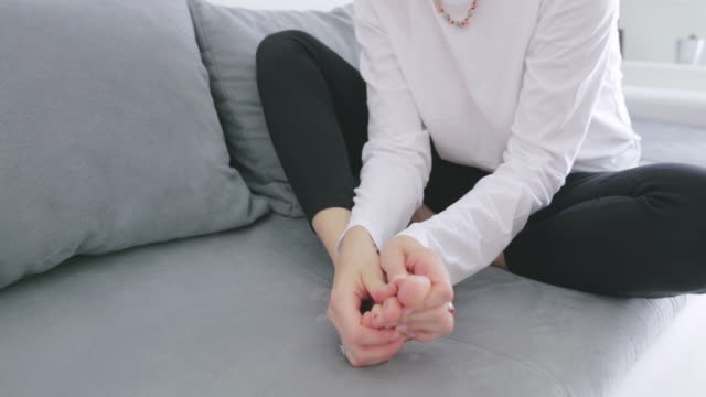 problems with feet, joints, legs and ankles. - dito del piede video stock e b–roll