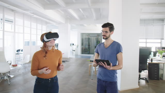 Professionals testing the new virtual reality software