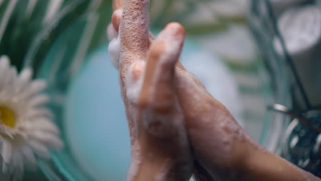 Proper Hand Washing Technique - WHO - World Health Organization