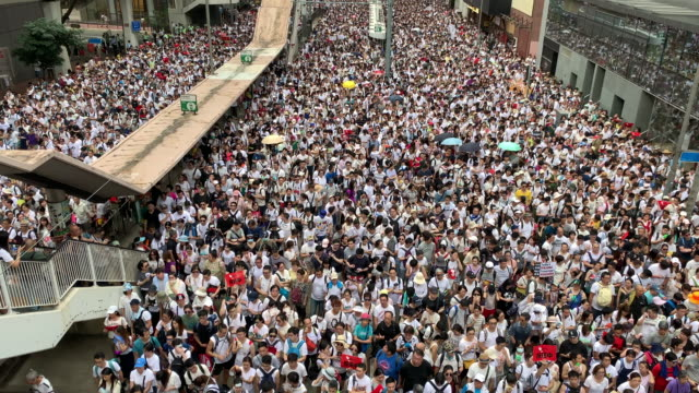 protest against controversial extradition bill - hong kong video stock e b–roll