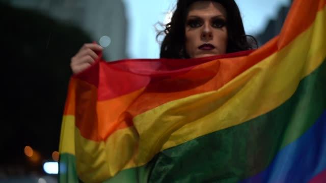 vídeos de stock, filmes e b-roll de orgulho de ser gay - gênero humano