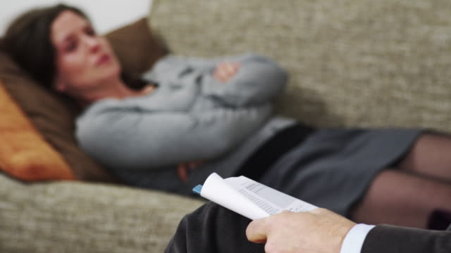 Psychiatrist on phone video