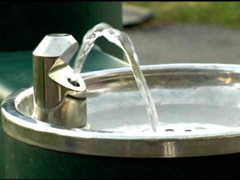 vidéos et rushes de les fontaine - fontaine
