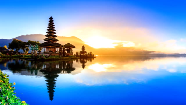Pura Ulun Danu Bratan Temple On Water, Bali Landmark Travel Place Of Indonesia 4K Night to Day Time lapse (tilt down) video