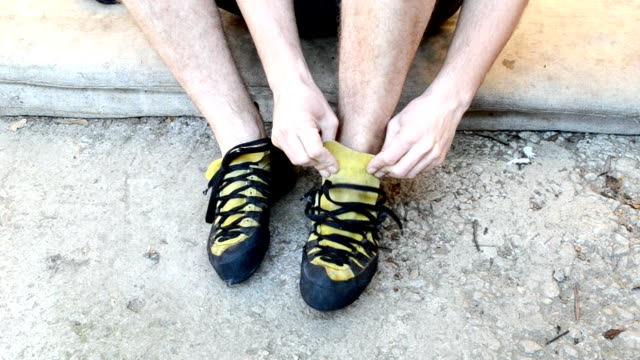 putting on climbing shoes video