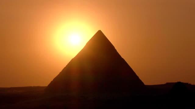 pyramid - pyramidform bildbanksvideor och videomaterial från bakom kulisserna