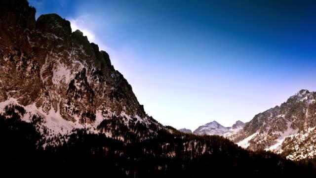 pyrenees timelapse - lleida stok videoları ve detay görüntü çekimi