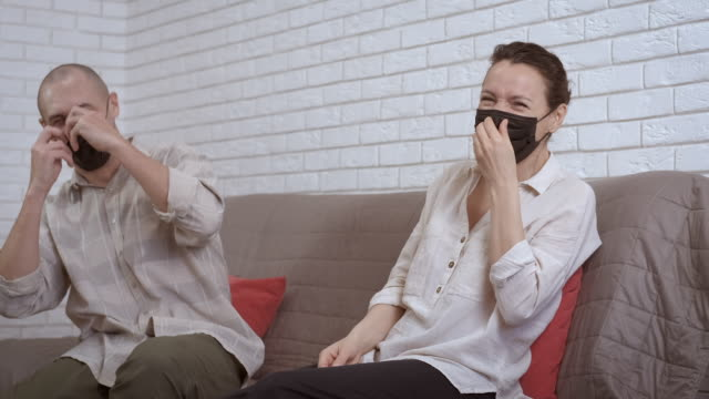 Quarantine difficulties. Divorce.