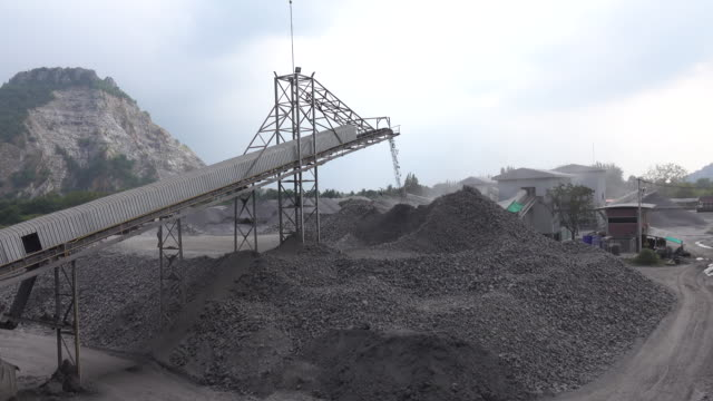 Quarry mine industry rock extraction heavy machinery equipment video