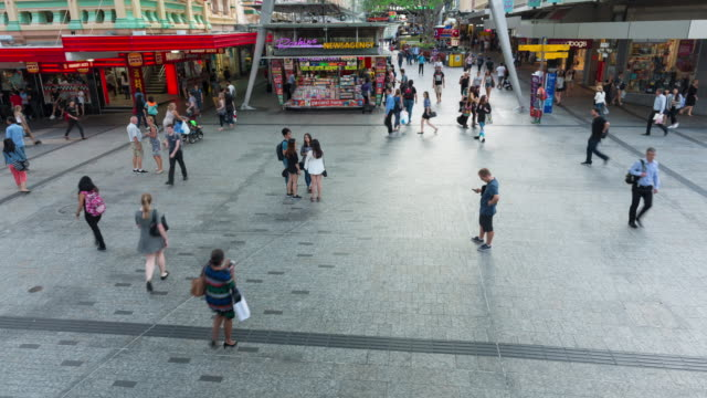 TIME LAPSE: Queen Street in Brisbane from above video
