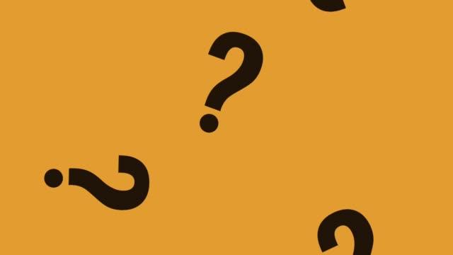 vídeos de stock, filmes e b-roll de sinais de perguntas caindo animação hd - perguntando
