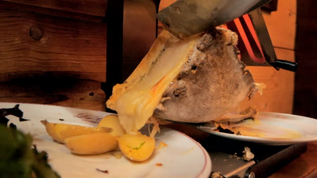 Raclette meal slow motion