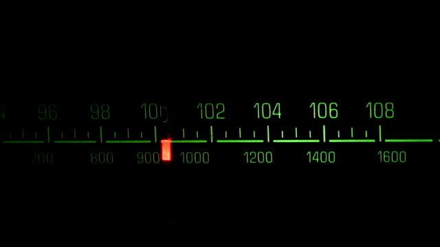 vidéos et rushes de radio composez le plat - cadran