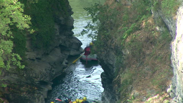 HD: Rafting Through A Canyon