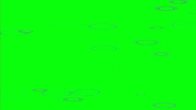 vídeos de stock e filmes b-roll de rain puddle rings on green screen - poça